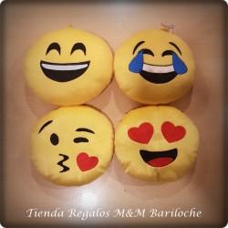 Emoji Mediano Caritas Cm 18 (Mc)