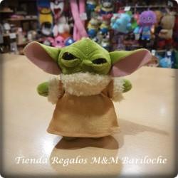 Llavero Star Wars Yoda Ojos Vidrio 13 Cm